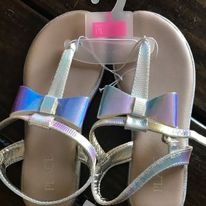 The Children's Place Bow Strappy Sandals Size 2